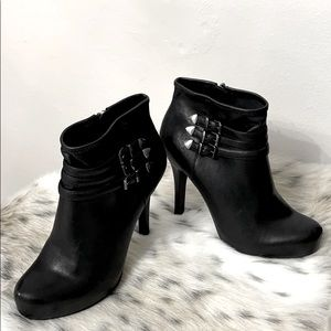BCBGENERATION Fay Pointed Toe Nappa Bootie